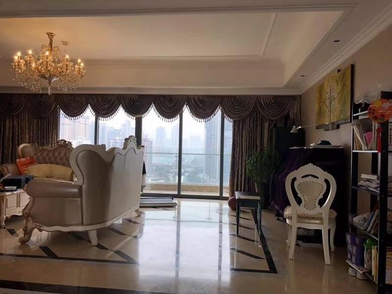 成都市锦江区锦东路399号擎天半岛1栋1单元13层1301号住宅房